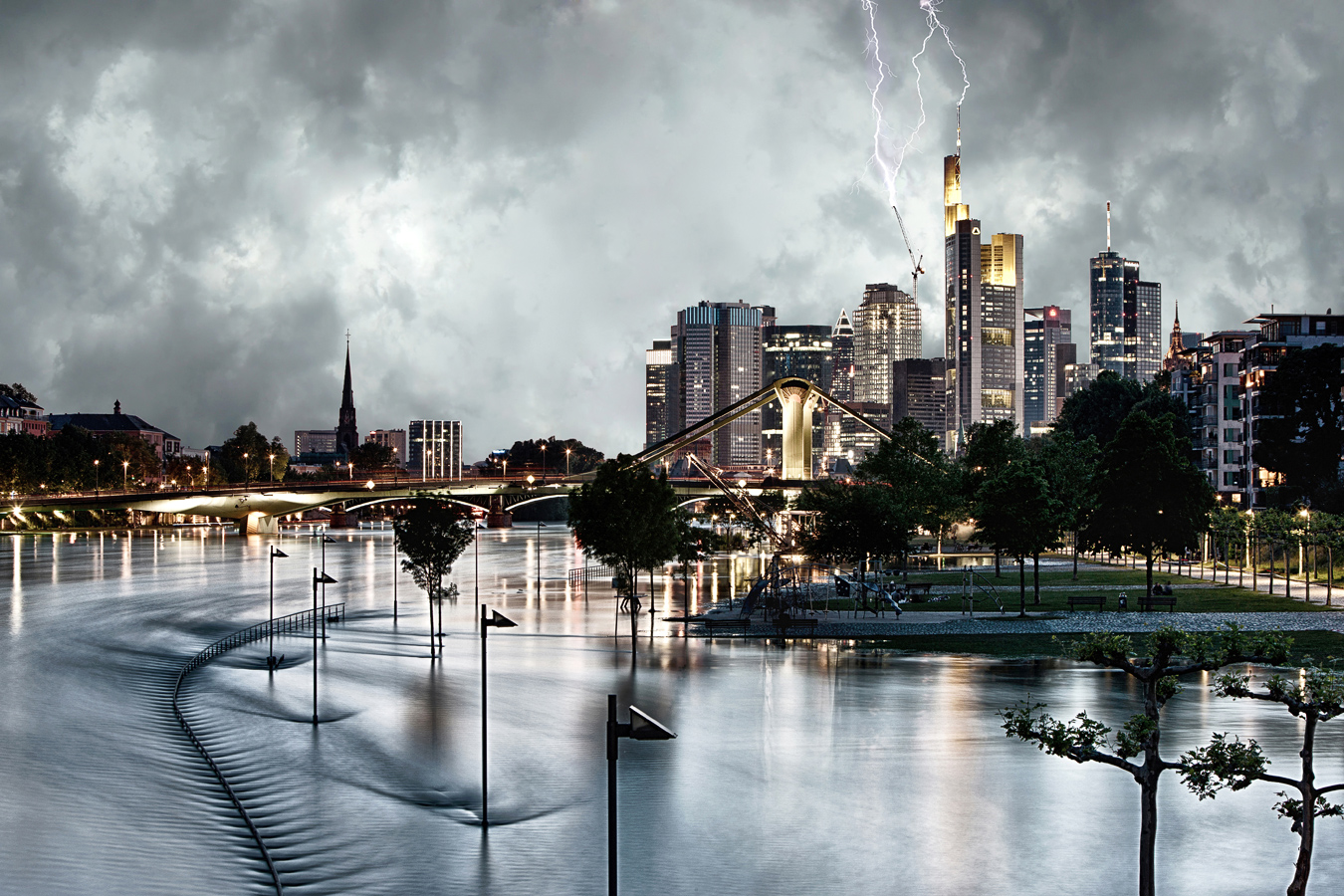 Storm over Frankfurt (2013)